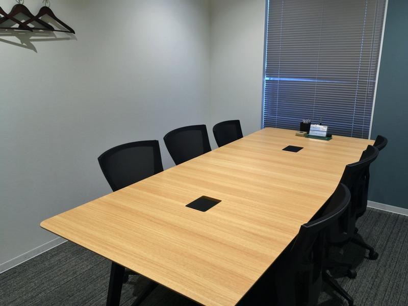6人掛け会議室